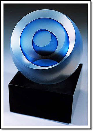 Pearl Comet Art Glass Award